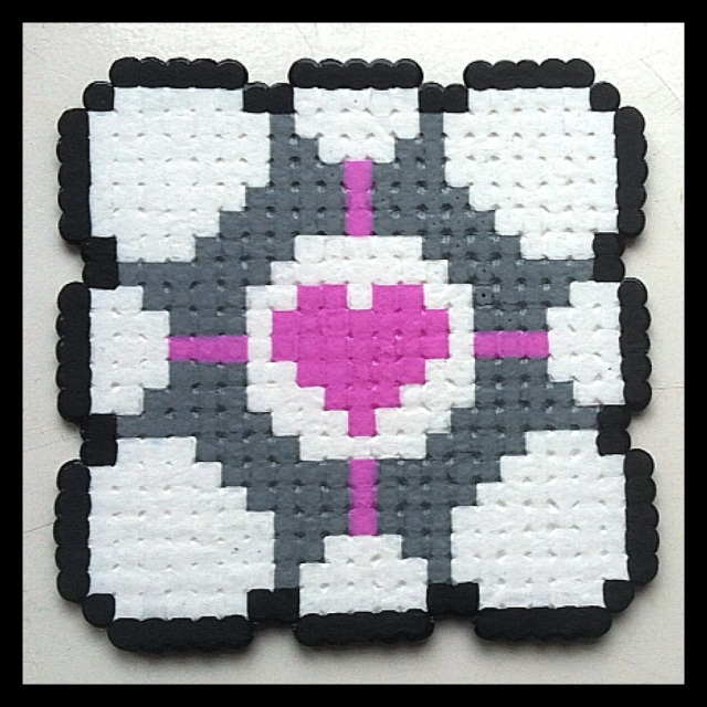Weighted Companion Cube portal